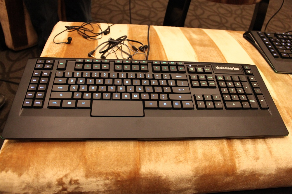 c665d3d7a48 Hands-On: Steelseries' New, Deliciously-Priced Apex Keyboards & Flux Earbuds